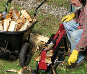 how to use a log splitter safely and log splitter safety tips